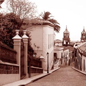 2 - Calle Tomás Pérez